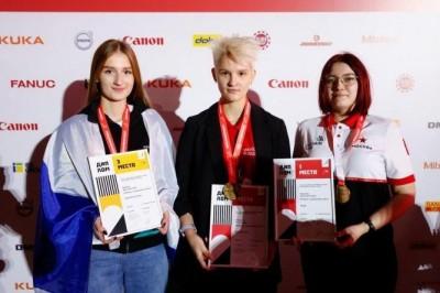 Сборная Свердловской области завоевала 24 медали на Национальном чемпионате «Молодые профессионалы»
