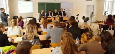 В Екатеринбурге подвели итоги проекта по организации эффективного диалога между НКО, СМИ и властью