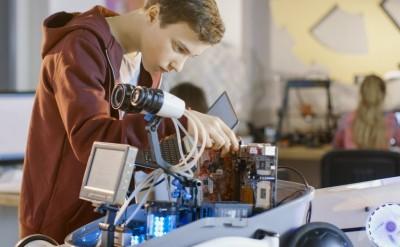 1 миллион рублей – главный приз Международного конкурса детских инженерных команд