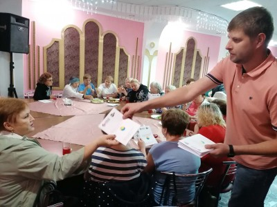 В Шадринске прошел день здоровья для людей старшего поколения