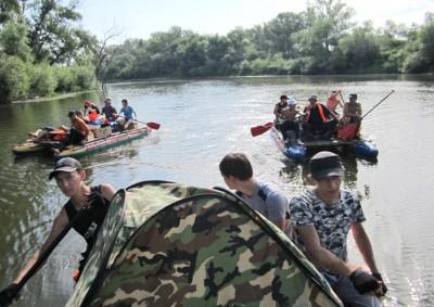 Притоболье: Дети - волонтеры организации «Открытый мир» приняли участие в туре по району