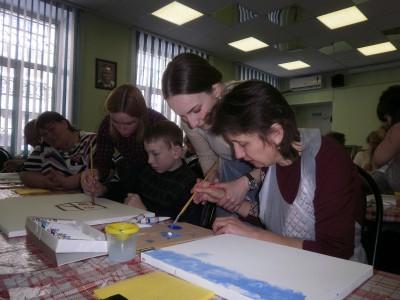 В Кургане прошел мастер-класс по живописи для незрячих